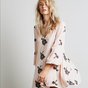 Free People Embroidered Austin Dress 💕